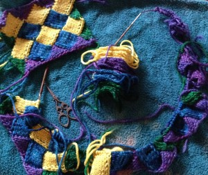 Step Outs for Entrelac